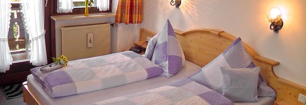 Doppelzimmer im Gästehaus Hibler in Bad Kohlgrub